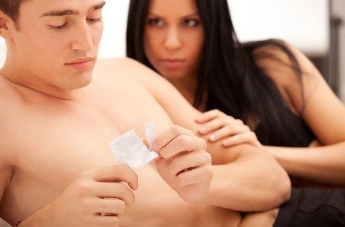 sesso protetto preservativi