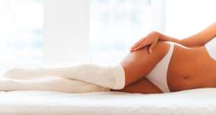 Indossare calzini durante il sesso può favorire l'orgasmo