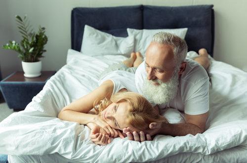 """I benefici del sesso in una relazione """"matura"""""""