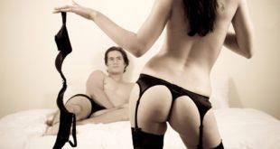 Come bruciare calorie con la ginnastica erotica