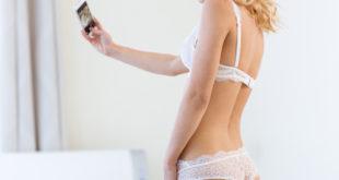 Cosa pensano le donne del sesso al telefono e del linguaggio sporco